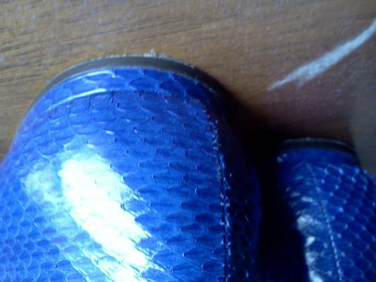 Rachel Roy Couture Pointed Toe Leather Snakeskin Print Royal Blue Flats