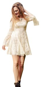 Free People Bohemian Stunning Cream Lovers Folk Song Dress