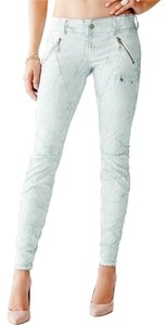 Guess Cool Trendy Hot Sexy Edgy Skinny Jeans-Light Wash