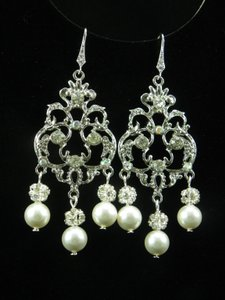 Chandelier Earrings Statement Wedding Earrings Crystal Bridal Earrings Pearl And Rhinestone Earrings
