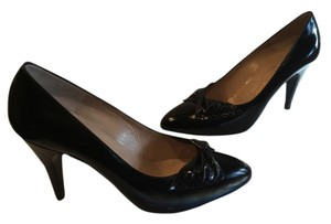 Bruno Magli All Leather Front Flower Italian Black patent Pumps