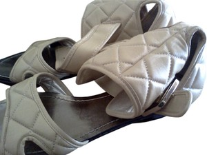 Pour La Victoire Like New AS SHOWN Sandals
