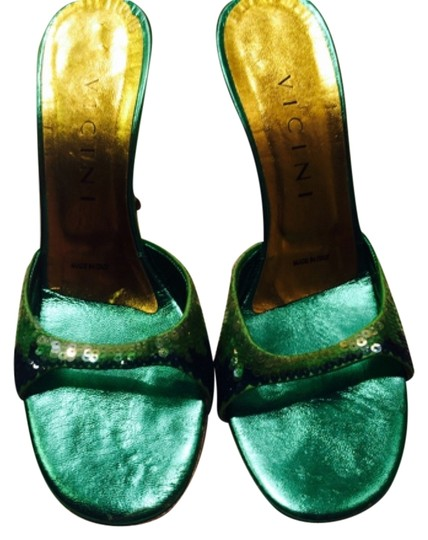 Preload https://item3.tradesy.com/images/vicini-green-and-gold-formal-shoes-size-us-75-regular-m-b-5399977-0-0.jpg?width=440&height=440