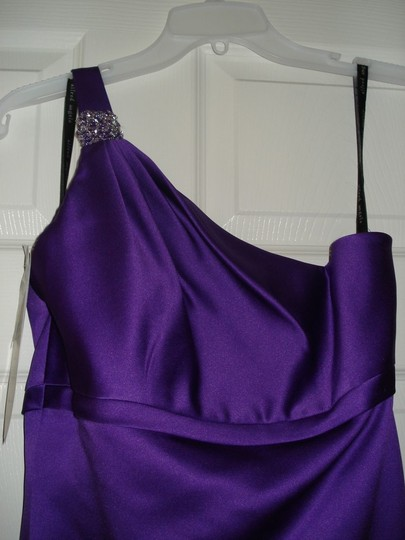 Alfred Angelo Purple Satin 7068 Formal Bridesmaid/Mob Dress Size 4 (S)
