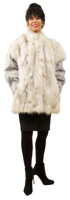 Preload https://item2.tradesy.com/images/white-blue-fox-jacket-vest-with-detachable-silver-nappa-leather-sleeves-fur-coat-size-12-l-5401141-0-0.jpg?width=400&height=650