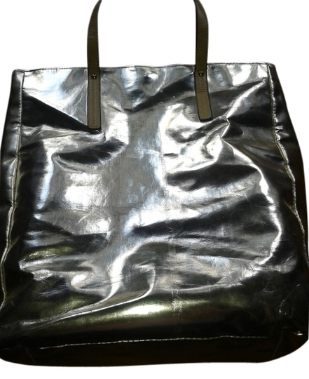 Lord & Taylor Tote in gold