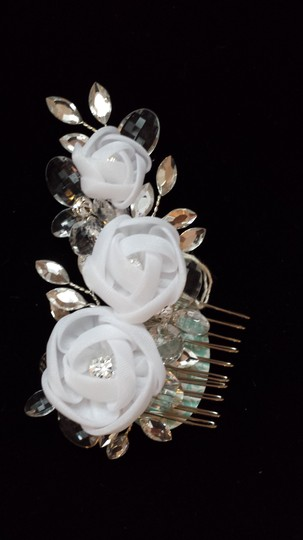 Elegance by Carbonneau White Or Ivory Flower Comb Hair Accessory