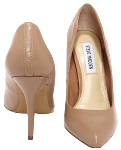 Steve Madden Powder pink Pumps