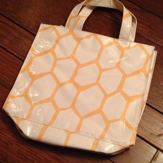 Clinique Vinyl Beehive Makeup Carry All