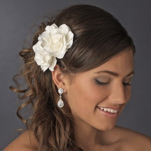 Elegance By Carbonneau Ivory Double Flower Comb 5690