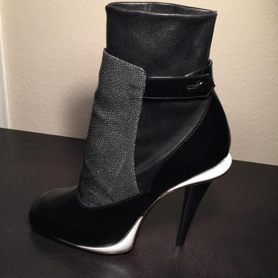 Fendi Black/charcoal/white trim Boots