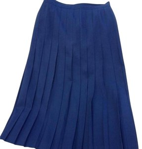 RODIER Every Girls Dream To Own Classic Plrated Made In Paris By Euro Size 38 About A U.s. Size 4 100% Wool Lined With Poly Skirt Navy blue