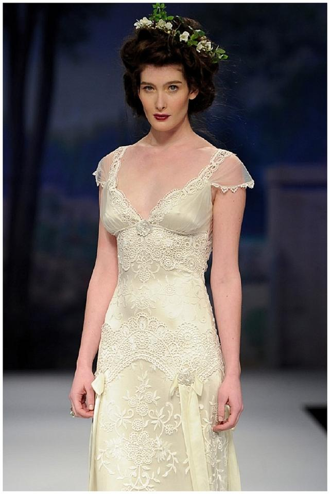 Claire pettibone toulouse wedding dress tradesy weddings for Claires toulouse