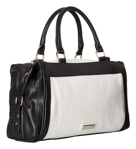Steve Madden Satchel in White/Black