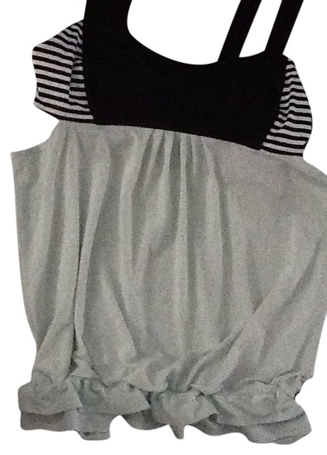 Item - Mint Green and Black Activewear Top Size 10 (M, 31)