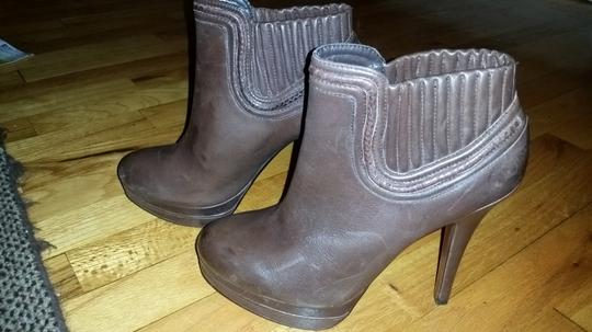 Max Studio Leather Brown Boots