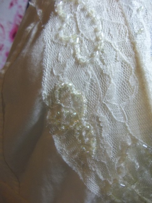 Guess short dress Off White Cotton Beaded Large Fully Lined on Tradesy