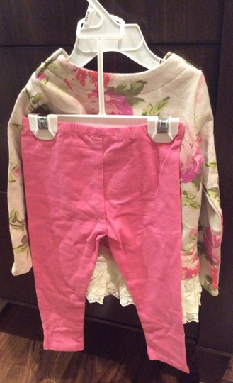 Juicy Couture Size 18-24 little girls set