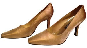 Stuart Weitzman Satin Never Worn Gold Pumps