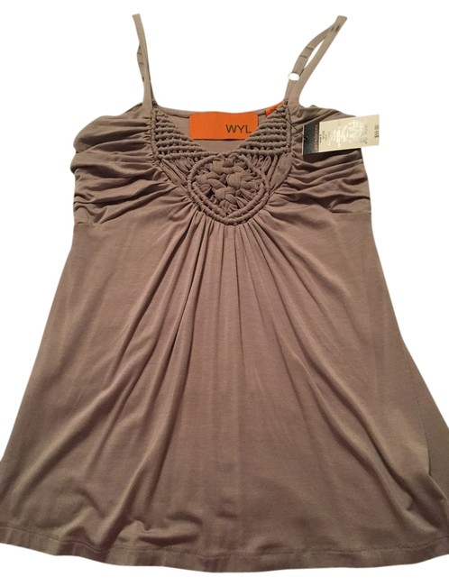 Preload https://item5.tradesy.com/images/metropark-sand-01103-0365-night-out-top-size-4-s-5410624-0-0.jpg?width=400&height=650