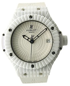 Hublot Hublot Big Bang Caviar Watch - White Ceramic
