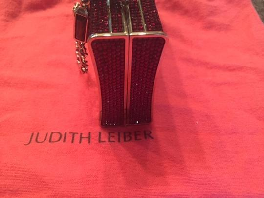 Judith Leiber minaudiere Excellent Condition Gems red burgundy Clutch