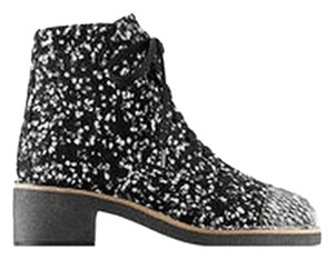 Chanel Tweed Lace Up Ankle 12 Black And White Boots