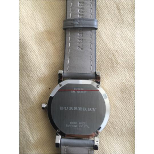 Burberry NWT Burberry Gray Leather Strap Watch BU9036