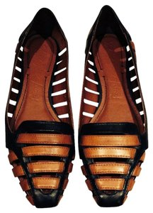 Elizabeth and James Leather Easy Color Combo Black/Cognac Flats