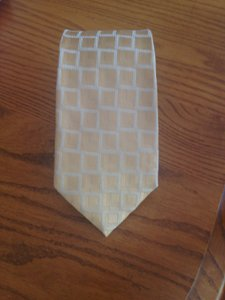 Giorgio Armani GIORGIO ARMANI Gold tie with silver accents made in Italy of 100% silk