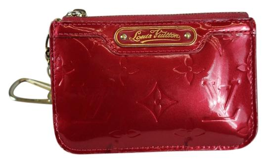 Preload https://item4.tradesy.com/images/louis-vuitton-red-vernise-coin-purse-wallet-5414713-0-0.jpg?width=440&height=440