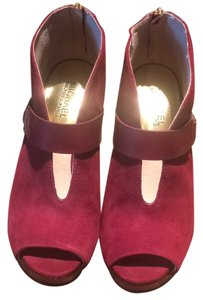 Michael Kors Deep red or burgundy Pumps