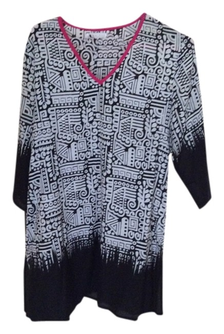 Preload https://item1.tradesy.com/images/shiraleah-black-and-white-tunic-size-8-m-5415610-0-0.jpg?width=400&height=650
