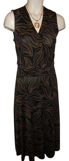 Preload https://item1.tradesy.com/images/classiques-entier-black-and-gold-knit-mock-wrap-mid-length-night-out-dress-size-4-s-5416825-0-0.jpg?width=400&height=650