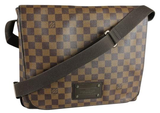 Preload https://item3.tradesy.com/images/louis-vuitton-damier-brown-leather-messenger-bag-5417107-0-4.jpg?width=440&height=440