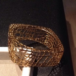 JEWELMINT Birdcage Bangle