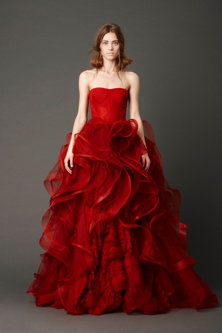 Item - Scarlet Red Tulle and Lace Katarina Formal Wedding Dress Size 6 (S)
