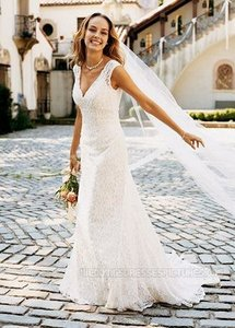 David's Bridal Ivory Lace Allover Beaded Trumpet Gown Style T9612 Formal Wedding Dress Size 8 (M)