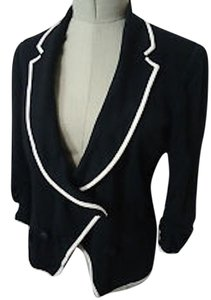 LaROK Black and White Blazer
