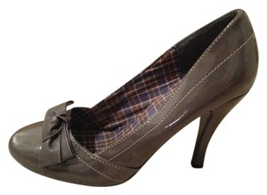 Bonnibel Gray Pumps