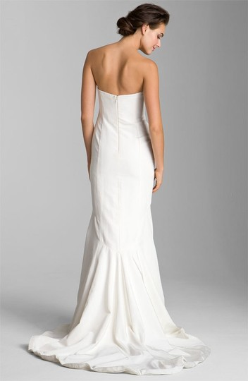 Nicole Miller Ivory Silk Faille Trumpet Gown Feminine Wedding Dress Size 8 (M)