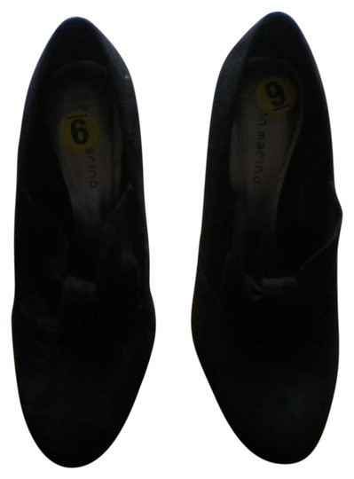 Preload https://item1.tradesy.com/images/ann-marino-black-faux-suede-pumps-size-us-9-542620-0-0.jpg?width=440&height=440