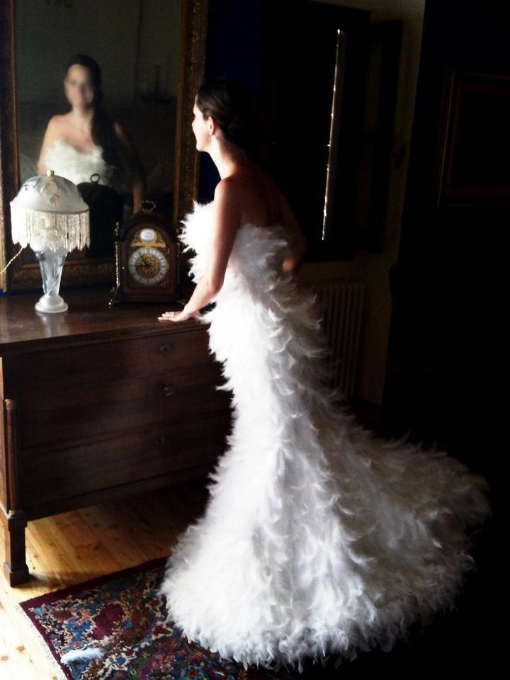 Christina wu stunning christina wu ostrich feather dress for Wedding dress with ostrich feathers