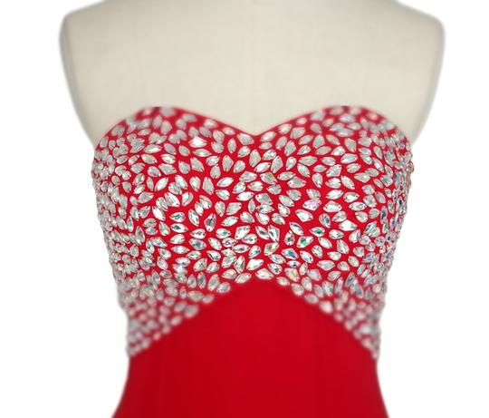 Red Chiffon Crystal Beads Bodice Open Back Long Formal Bridesmaid/Mob Dress Size 2 (XS)