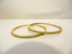 Technibond Technibond Peridot Hinged Bangle Bracelet Set size 7