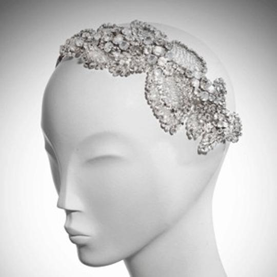 Preload https://item4.tradesy.com/images/other-jenny-packham-acacia-headdress-rental-hair-accessory-54358-0-0.jpg?width=440&height=440
