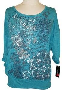 Style & Co Top GREEN & SILVER