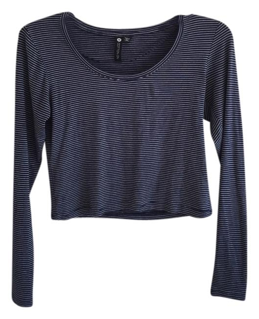 Preload https://item2.tradesy.com/images/cotton-on-navy-and-white-tee-shirt-size-8-m-5436616-0-0.jpg?width=400&height=650