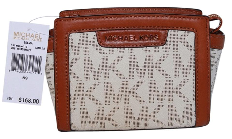 002b8b5e16b30a Michael Kors Mk Messenger 32t4glmc1b 888235395715 Mint Purse Messenger  Beige Selma Cross Body Bag Image 0 ...