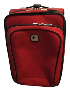 Kenneth Cole Reaction Red Travel Bag